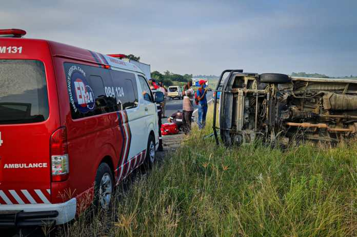 Taxi rollover leaves multiple injured in Nooitgedacht